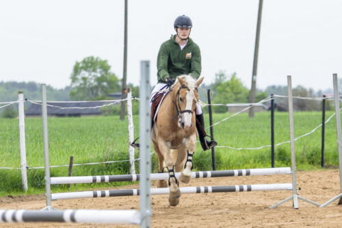45ranczorelax-lescze-konie-zawody-jezdzieckie-2021